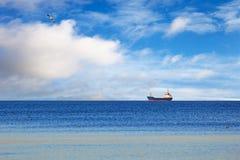 Statek na morzu fotografia stock