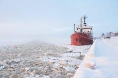 Statek przy molem Zdjęcie Stock