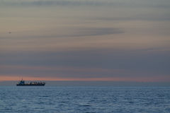 Statek przy morzem Obrazy Royalty Free
