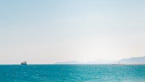 Statek przy morzem, plaża Antalya Turcja, podróż Obrazy Stock