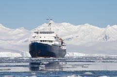 Statek w Antarktycznym Zdjęcie Stock