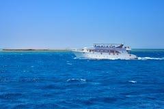 Statek w morzu obrazy royalty free