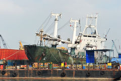 Statek W Remontowym Jardzie Zdjęcie Royalty Free