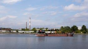 Statek w rzece Obrazy Stock