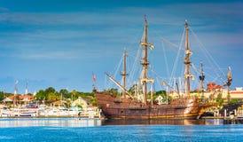 Statek w schronieniu przy St Augustine, Floryda Fotografia Royalty Free