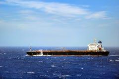 Statek w szorstkim morzu Zdjęcia Royalty Free