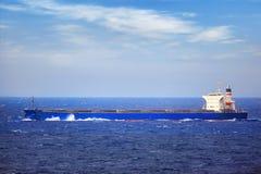 Statek w szorstkim morzu Fotografia Stock