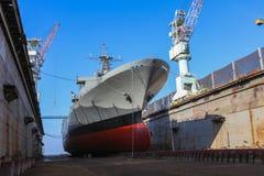 Statek wojenny naprawa obraz stock