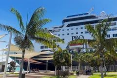 Statek wycieczkowy przy Noumea, Nowy Caledonia Obrazy Stock