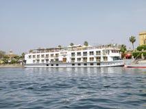 Statek wycieczkowy - senator w Nil rzece Zdjęcie Stock