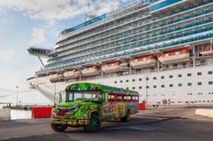 Statek wycieczkowy w Aruba Fotografia Stock