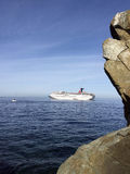 Statek wycieczkowy w oceanie Zdjęcia Royalty Free