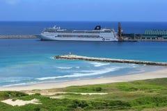 Statek wycieczkowy w Portowym Dauphin, Madagascar, Afryka Obrazy Stock