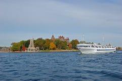 Statek wycieczkowy w Tysiąc wyspach, Nowy Jork, usa obraz royalty free
