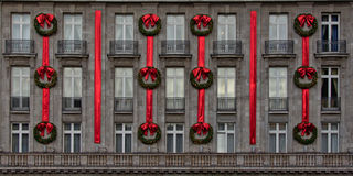 Stately hotel facade with christmas decorations Royalty Free Stock Photos