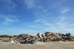 Stapel des Rückstands wurden nicht mehr als 5 Monate nach Hurrikan Sandy im binnenländischen Strand, Staten Island entfernt Stockbilder