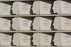 74 Staten Island-Bewohner, die im Angriff am 11. September getötet wurden, ehrten an den Postkarten 9/11 Denkmal in Staten Island Lizenzfreie Stockfotos