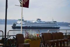 Staten Washingtonfärjaskeppsdockor i Puget Sound, Seattle, Washington Royaltyfria Bilder