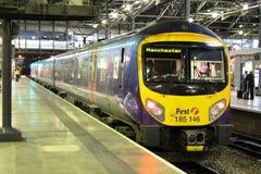 Station à unités multiples diesel de Leeds de la classe 185 Photographie stock libre de droits