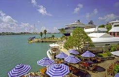 Station balnéaire à la rue George, Bermudes images stock
