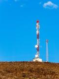 Station d'émetteur sur une montagne image libre de droits
