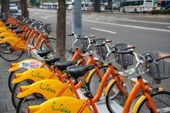 Station d'Ubike YouBike Ubike est un réseau de grande diffusion de bicyclette de location à Taïpeh photographie stock libre de droits