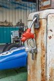 Station de carburant pour la course Images stock