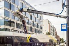 Station de charge électrique d'autobus Photo stock