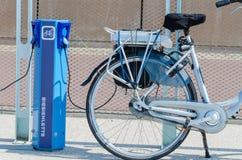 station de charge d'E-vélo Photos stock