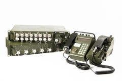 Station de communication militaire d'isolement sur le blanc Photos stock