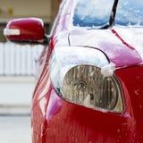 Station de lavage avec du savon, nettoyage de voiture image stock