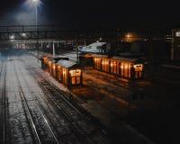 Station de nuit en Russie images libres de droits