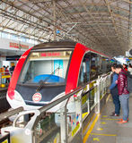 Station de plate-forme de métro de Changhaï, Chine Photographie stock