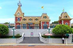 Station de rue principale de chemin de fer de Disneyland Images libres de droits