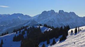 Station de sommet du secteur de ski de Rellerli Photo libre de droits