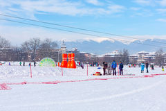 Station de sports d'hiver Bansko, Bulgarie, les gens, Mountain View Photo libre de droits