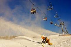 Station de sports d'hiver dans Bukovel, Ukraine Photographie stock