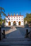Station de sports d'hiver de Chengde dans Putuo, province de Hebei par le temple de la porte de tour Photos libres de droits