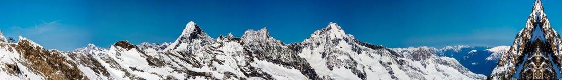 Station de sports d'hiver de glacier de Neustift Stubai Photos stock