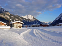 station de sports d'hiver de montagne Photos libres de droits