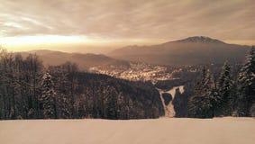 Station de sports d'hiver de Predeal en Roumanie Image stock