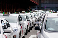 Station de taxis à Madrid Photos stock