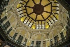 Station de Tokyo Bâtiment, plafond photos libres de droits