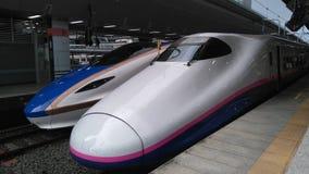 Station de Tokyo, trains de Shinkansen image stock