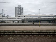 Station de train de la Hongrie dans la ville de Szolnok Photos libres de droits