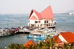 Station de transport de Koh Loi Chonburi Thailand Boat Images libres de droits