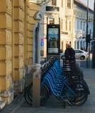 Station de vélo, Cluj-Napoca, la Transylvanie images libres de droits