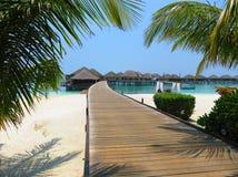 Station de vacances avec la mer image libre de droits