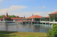 Station de vacances balnéaire populaire Lac Heviz, Hongrie Photos stock
