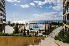 Station de vacances d'hôtel avec la piscine Photo libre de droits